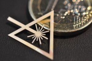 Machine laser femtoseconde - Micro usinage